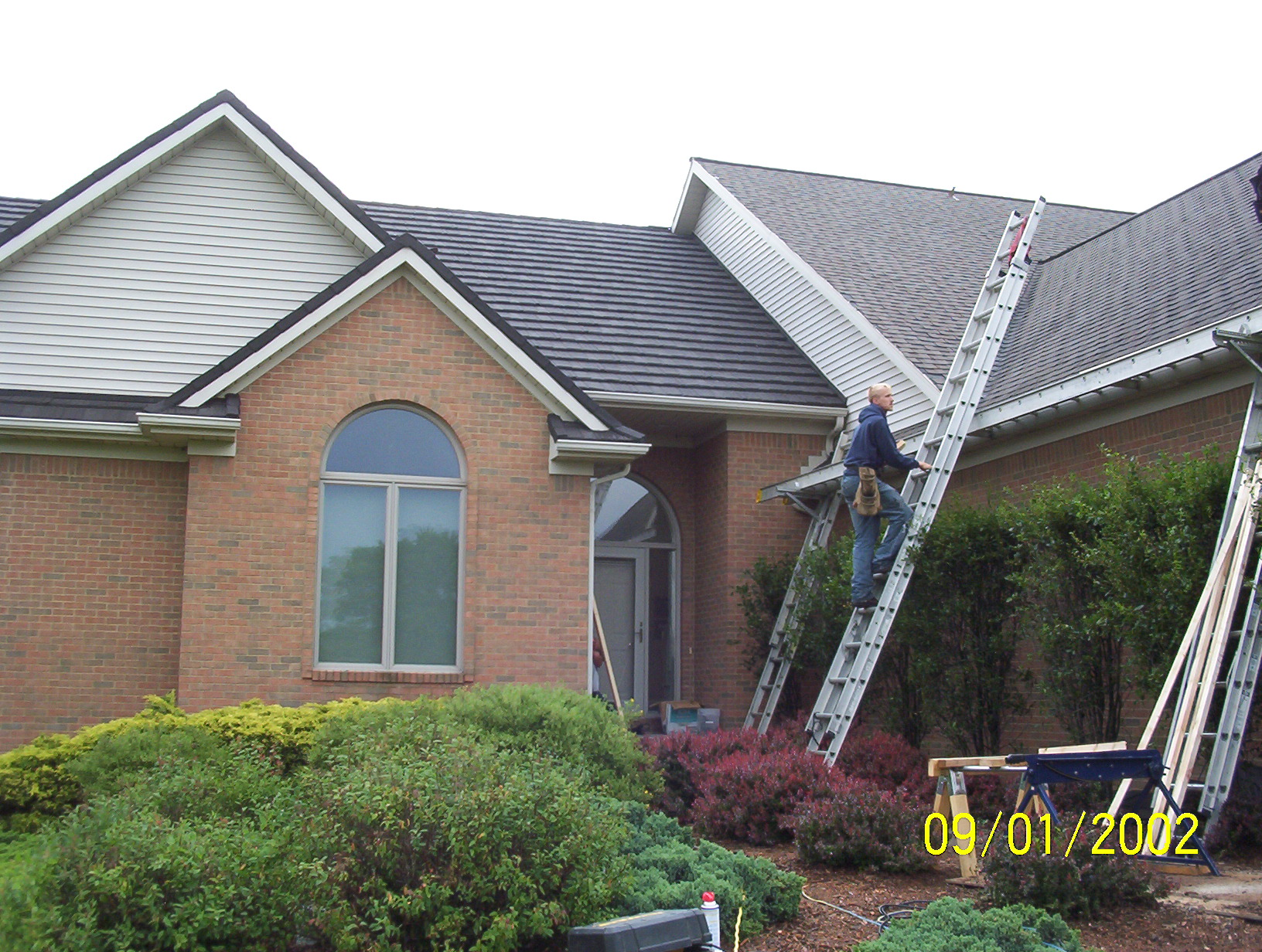 About Blue Water Roofing Inc